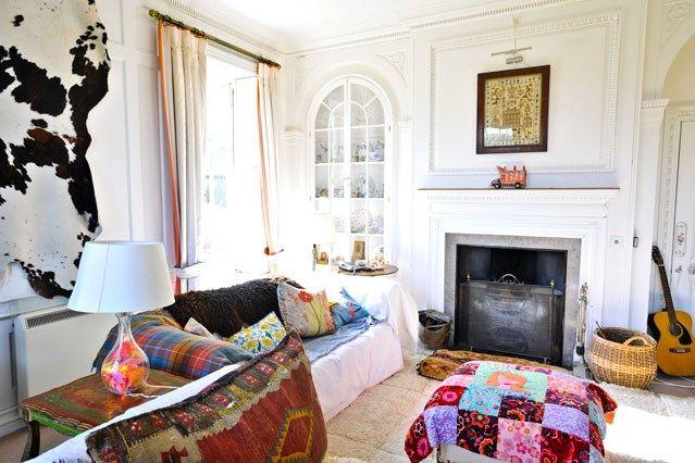 Eclectic Textiles - Living Room Design Ideas & Pictures - Decorating Ideas (houseandgarden.co.uk)