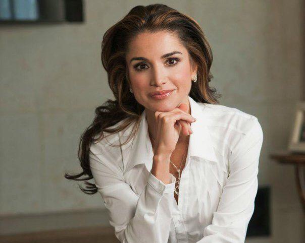 Королева Иордании Рания. Восхищает своей красотой, обаянием, женственностью.