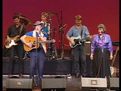 Slim Dusty-Walk a country mile