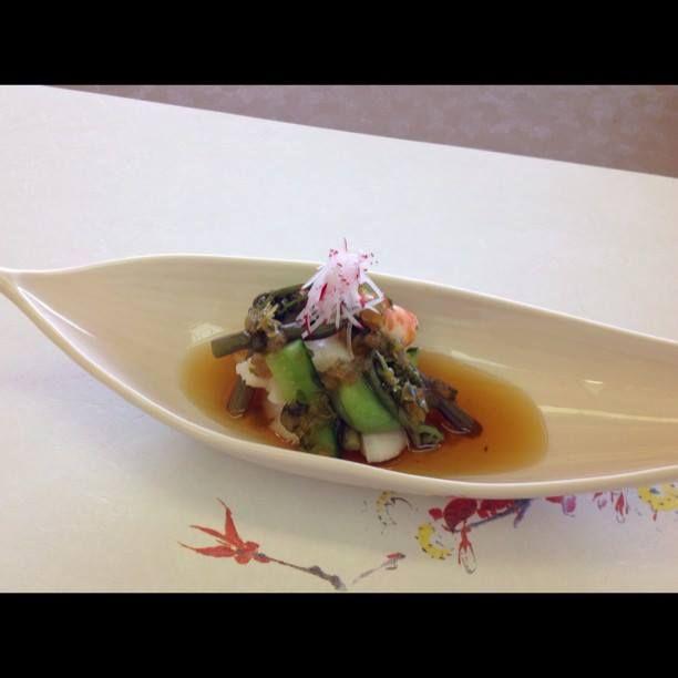 季節の酢の物 帆立、車海老、蕨、胡瓜 山葵酢 at 日本料理 八幸 http://www.hachiko73.co.jp/