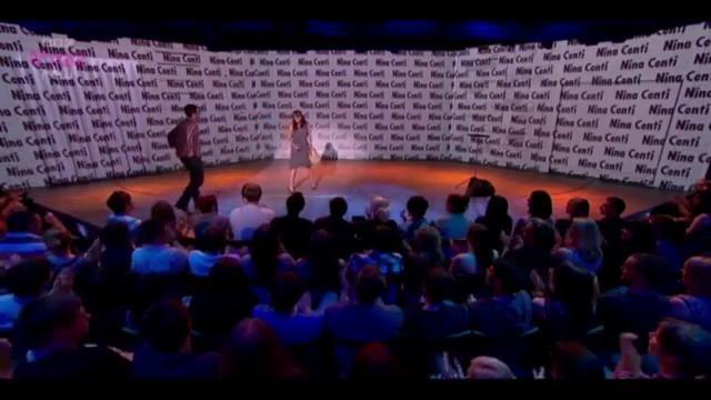 Nina Conti Süper Performans. Ünlü vantrilok Nina Conti harika performansı ile gülmekten kırıp geçiriyor... İzleyin...