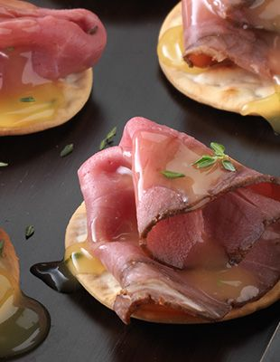 17 best images about canapes on pinterest smoked salmon for How to make canape cases