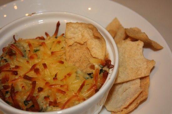 Artichoke, Spinach, and White Bean Dip: Gruyer Cheese, White Bean Dip, Yummy Recipes, Artichoke Dip, Appetizers, Artichokes Dips, White Beans Dips, Mr. Beans, Beans Artichokes