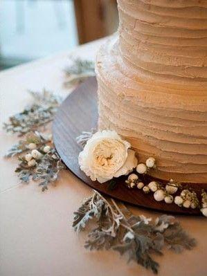 Simple & pretty cake decorating technique