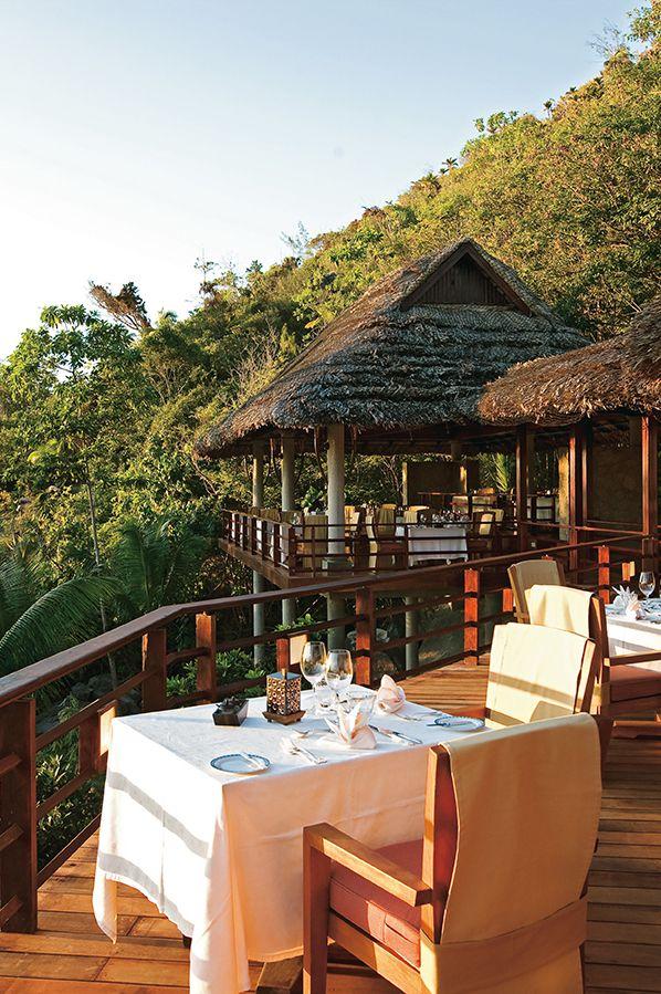 Le restaurant de l'hotel Constance Lemuria aux Seychelles
