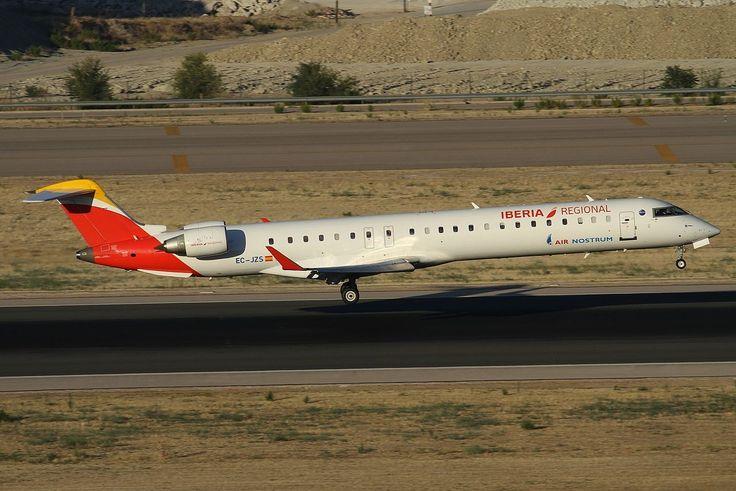 Iberia Regional (Air Nostrum) Bombardier CRJ-900 EC-JZS - Iberia (aerolínea) - Wikipedia, la enciclopedia libre