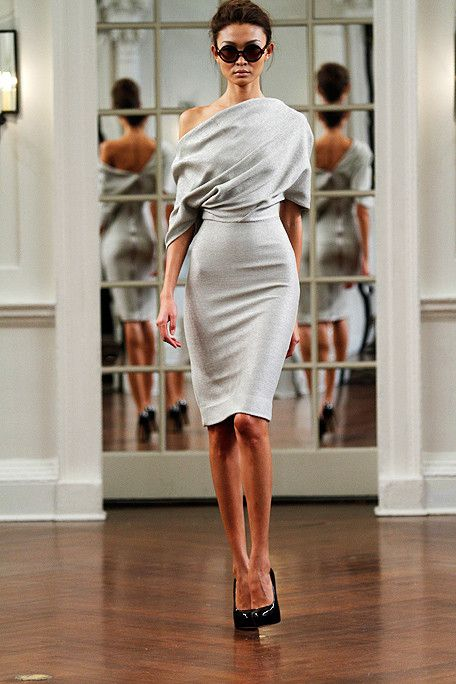 --Fashion Style, Elegant Dresses, Dresses Collection, Victoriabeckham, Victoria Beckham, One Shoulder, The Dresses, Work Dresses, Grey Dresses
