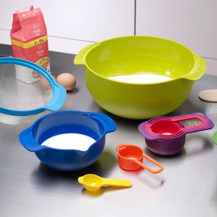 Perfect for smaller kitchens...the Joseph Joseph Nest™ 9 Plus set, includes 9 kitchen essentials that neatly stack together.