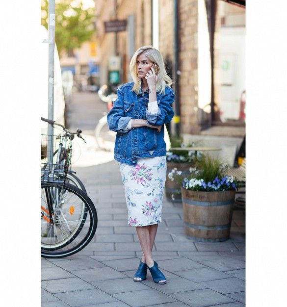 Who What Wear's 30-Day Summer Wardrobe Challenge via @WhoWhatWear mix a vintage piece with something new