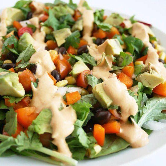 Southwestern Black Bean Salad with Chipotle Dressing (vegan gluten free) - This vegan salad is an easy lunch or weeknight meal. Recipe is on the blog. Link in bio. #vegan #glutenfree #veganfoodshare #whatveganseat #vegansofig #vegansofinstagram #govegan #vegancommunity #crueltyfree #veganglutenfree #foodporn #veganfoodporn #veganfoodlovers #veganfood #veganism #veganlife #veganforlife #healthyeating #veganrecipes #veganlifestyle #veganeats #vegansalad #chipotle #healthychoices #healthyliving…