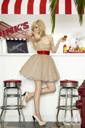 this is Allison Harvard she almost won americas next top model she
