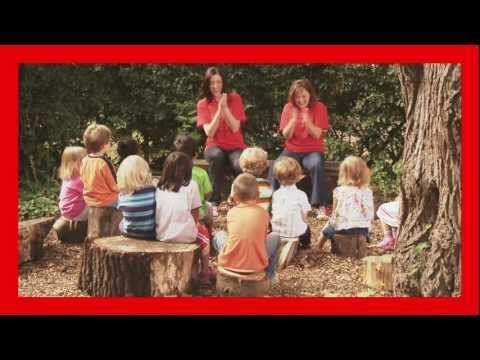 Singing Hands: Row Your Boat - with Makaton - YouTube