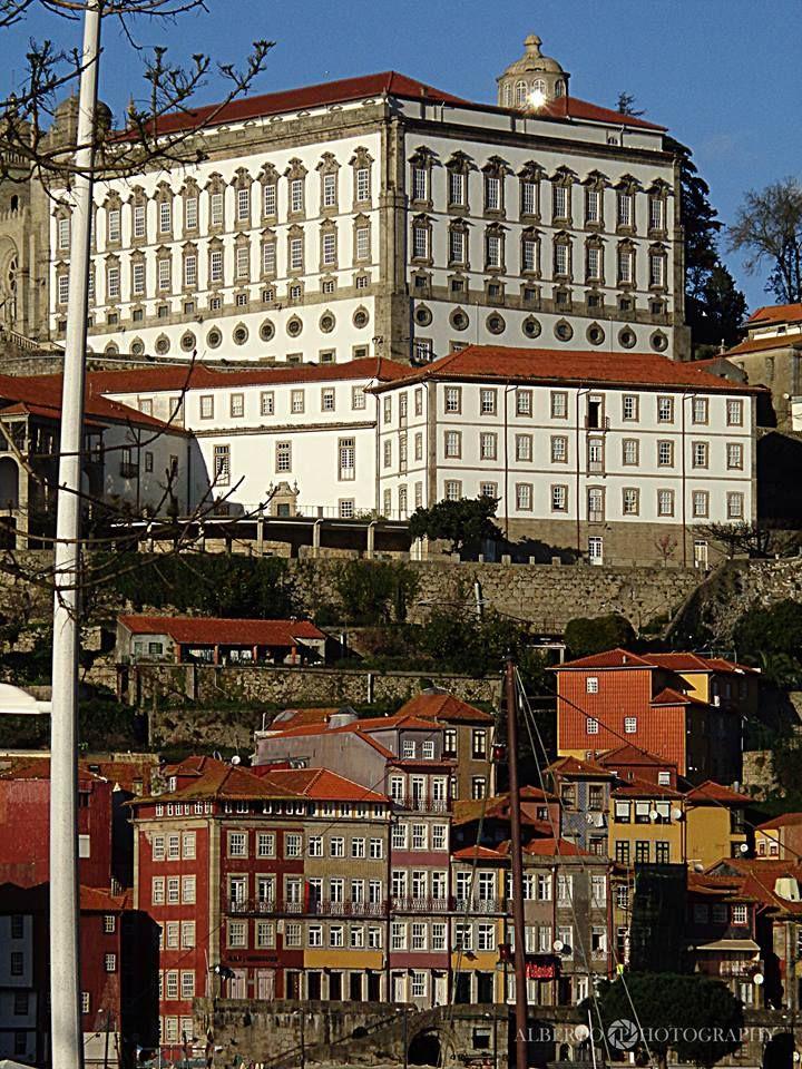 PAÇO EPISCOPAL junto da SÉ. - PORTO PORTUGAL - foto de ALBERTO COSTA PINTO…