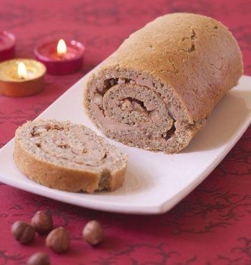 Gâteau roulé au foie gras, noisettes et aux épices, la recette d'Ôdélices : retrouvez les ingrédients, la préparation, des recettes similaires et des photos qui donnent envie !