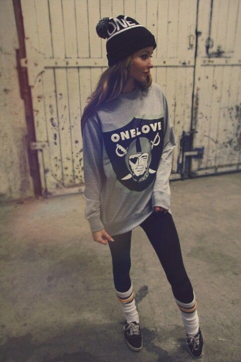 Oakland Raiders Sweater