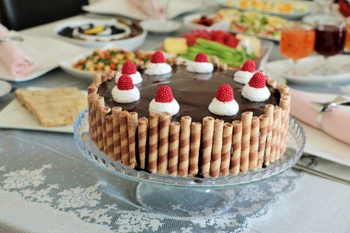 Yaş Pasta Süslemeleri, Her Kutlamaya Uygun Eğlenceli Doğum Günü Pastası Örnekleri