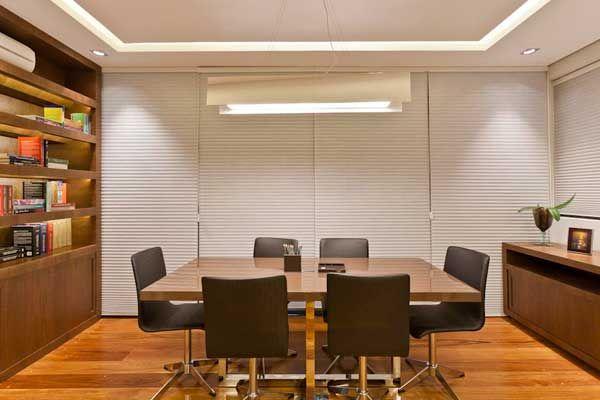 Projetando escritório de advocacia, com criatividade no aproveitamento dos espaços | Fórum da Construção