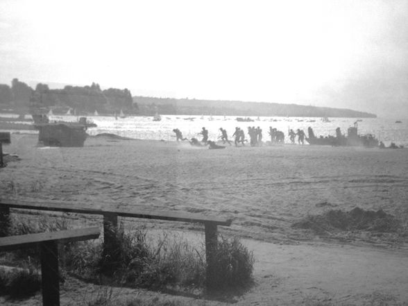 Troops Train For D-Day Invasion On Kits Beach (While You Pee) #SeenInVancouver #Vancouver