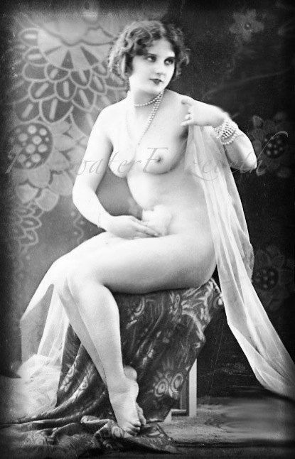 Vintage postcards erotic
