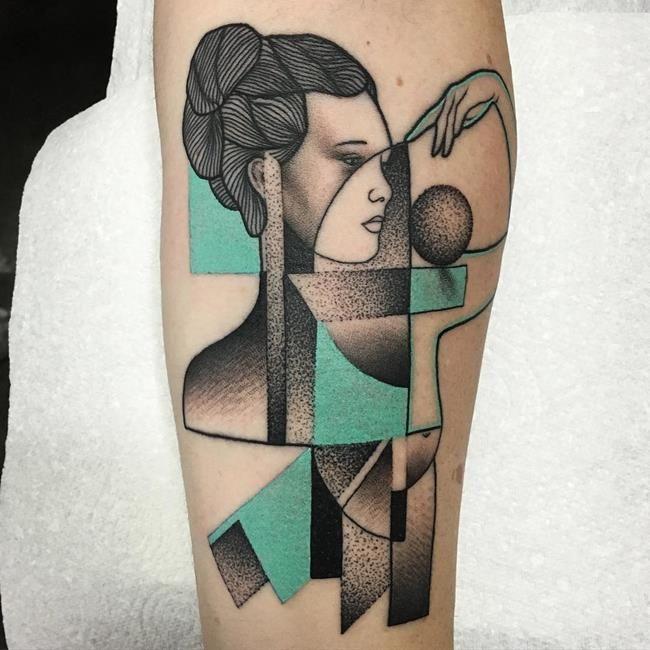 Mariusz Trubisz'ten Picasso Tarzında Yapılmış Geometrik ve Çizgisel Dövmeler: Kübizm Sanatlı Bi Blog 15