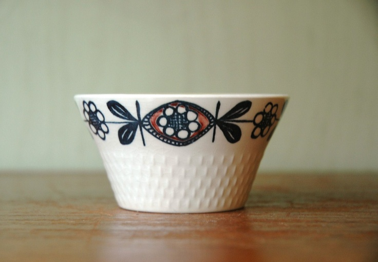 Mid Century Modern Stavangerflint Kon Tiki Bowl - Scandinavian Modern Ceramic Bowl. $12.00, via Etsy.