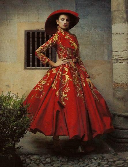 Senorita Cruz bringing back Spanish fashion
