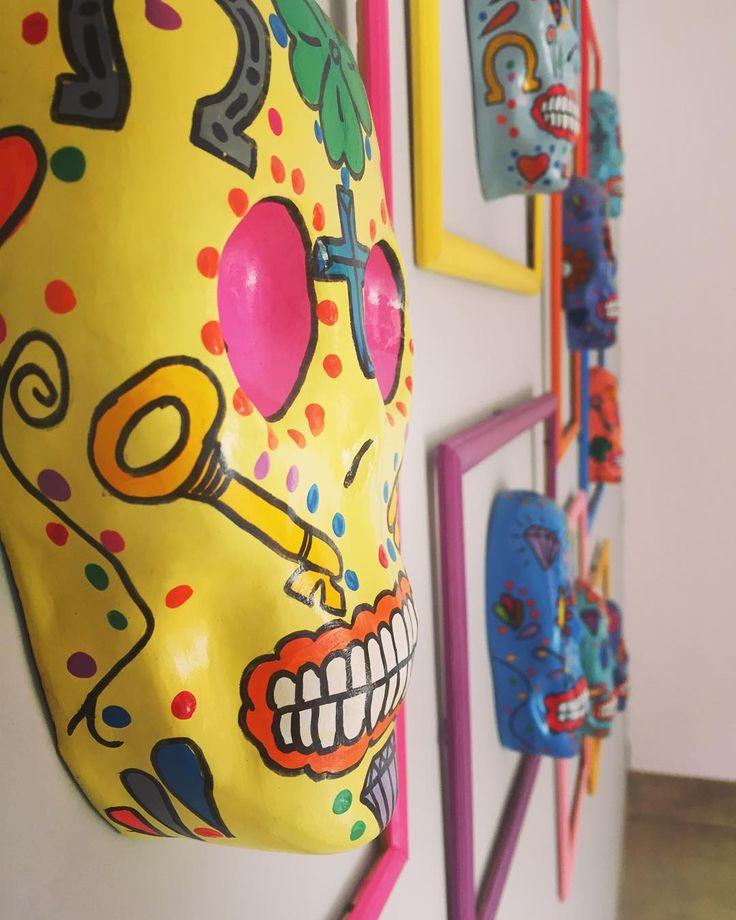 A arte de Aluísio Diniz estará presente no programa ARRUMANDO A CASA COM ROBERTO REIS , no espaço do designer Eduardo Drovetto / No próximo sábado na TV PARANAÍBA - Rede Record!!! A G U A R D E M!!!! #studiorobertoreis #arrumandoacasa #tvparanaiba #rederecord #tokstok #imperiodastintas #tokstok #cortinasdivino #arte#diadfilmes #cintiaguimaraes
