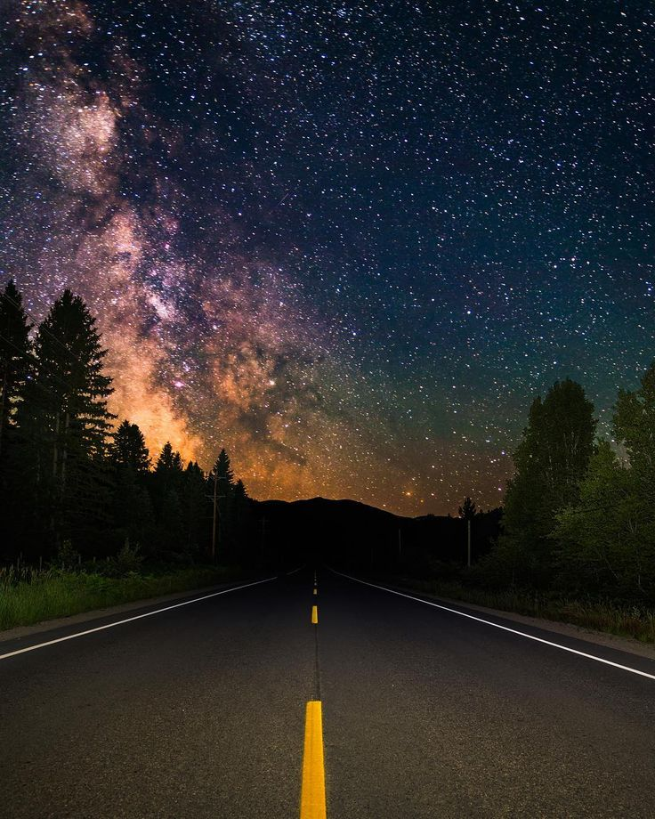 257 отметок «Нравится», 14 комментариев — Corey (@cancington42) в Instagram: «On the way to the milky way... epic road trip! Side note, i started using facebook, much better…»