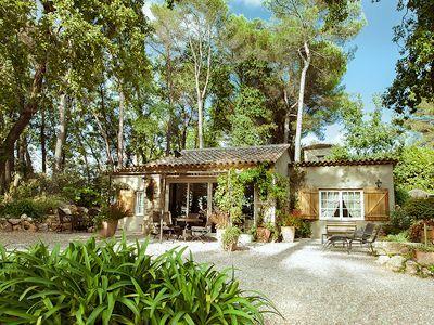 Location vacances villa Valbonne
