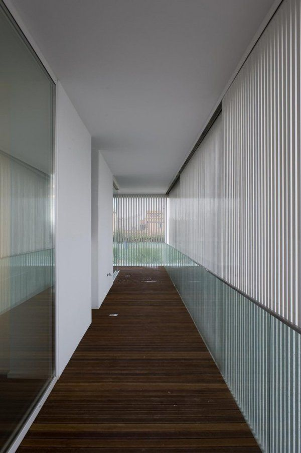 Modern House In Italy: Villa PM