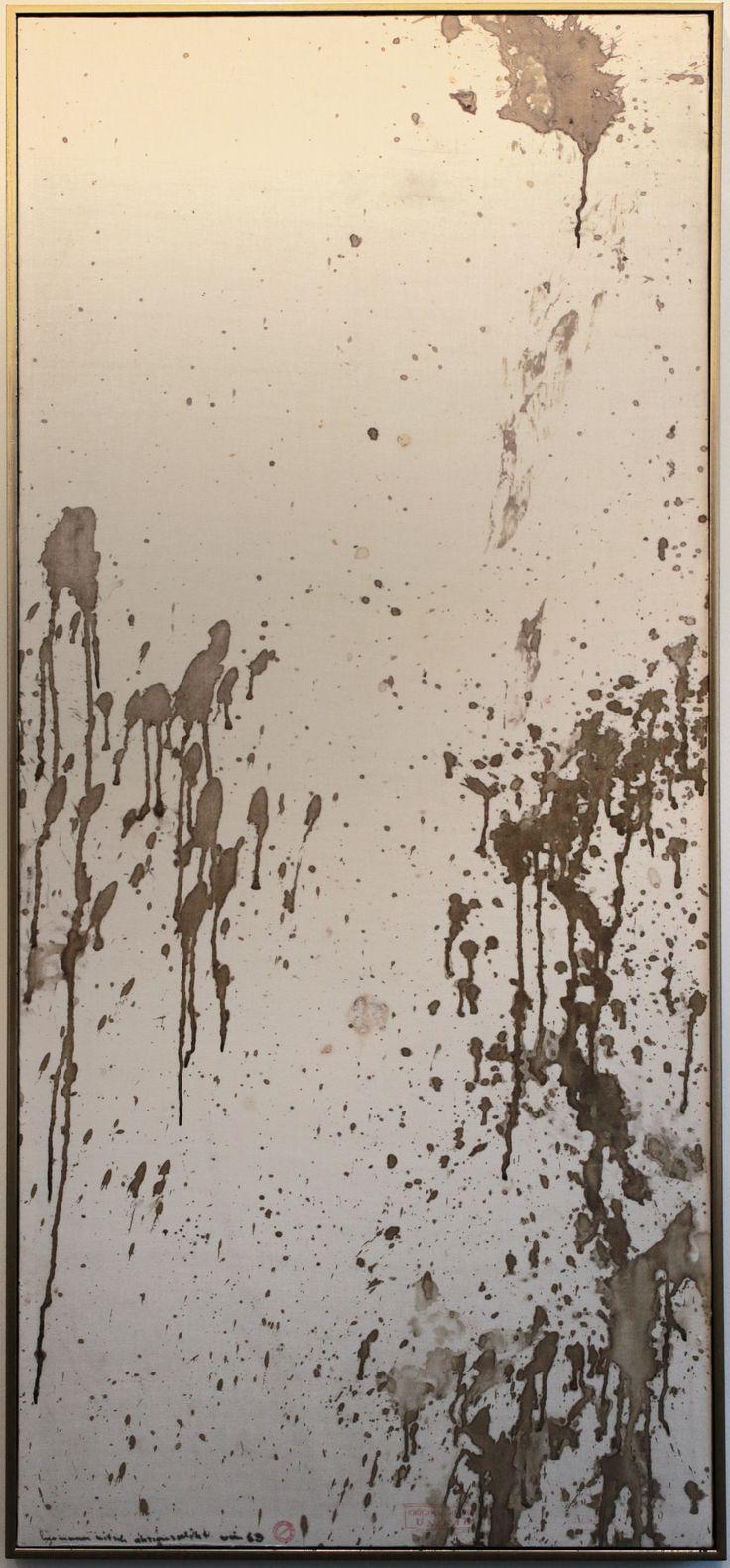 Hermann Nitsch, (Wien, 1938), Relikt 3.Aktion, 1963, Sangue su tela / Blut auf Leinwand, 188 x 83 cm