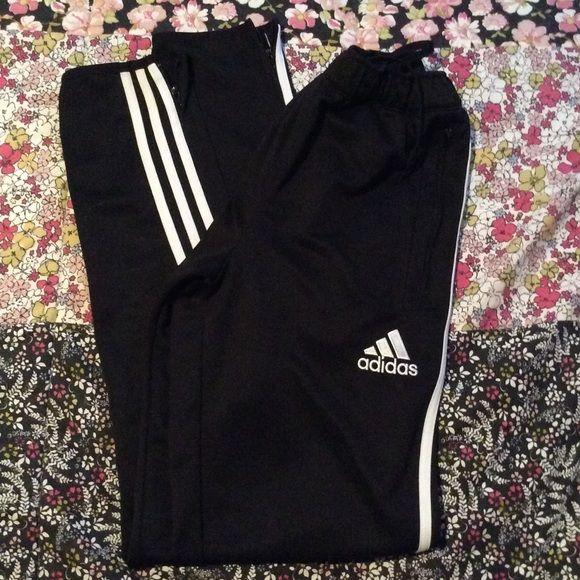 37 Nike E Adidas Migliori Immagini Su Pinterest Calcio Pantaloni Vestito