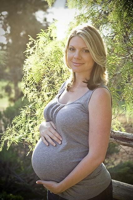 Simple, but beautiful maternity photo!