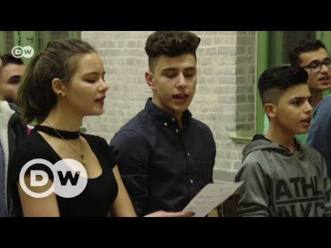 Musical builds bridge between refugees and German teens | World Stories DW English
