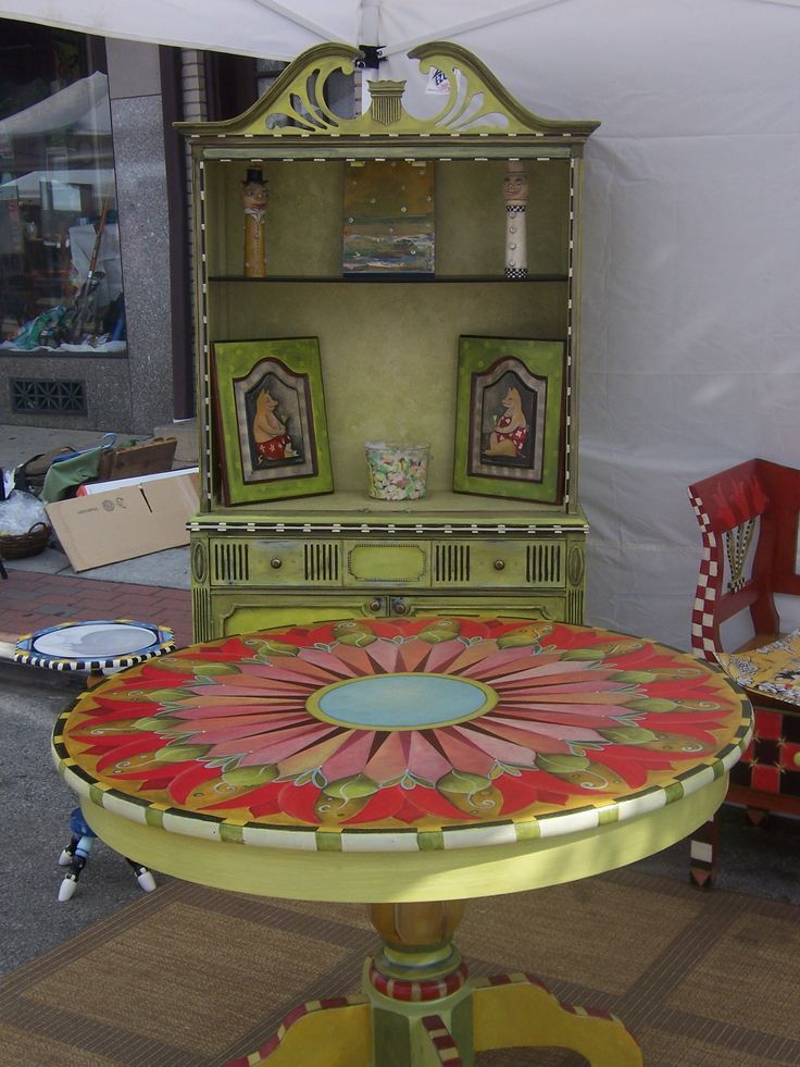 1320 best images on pinterest decoupage for Hand painted furniture