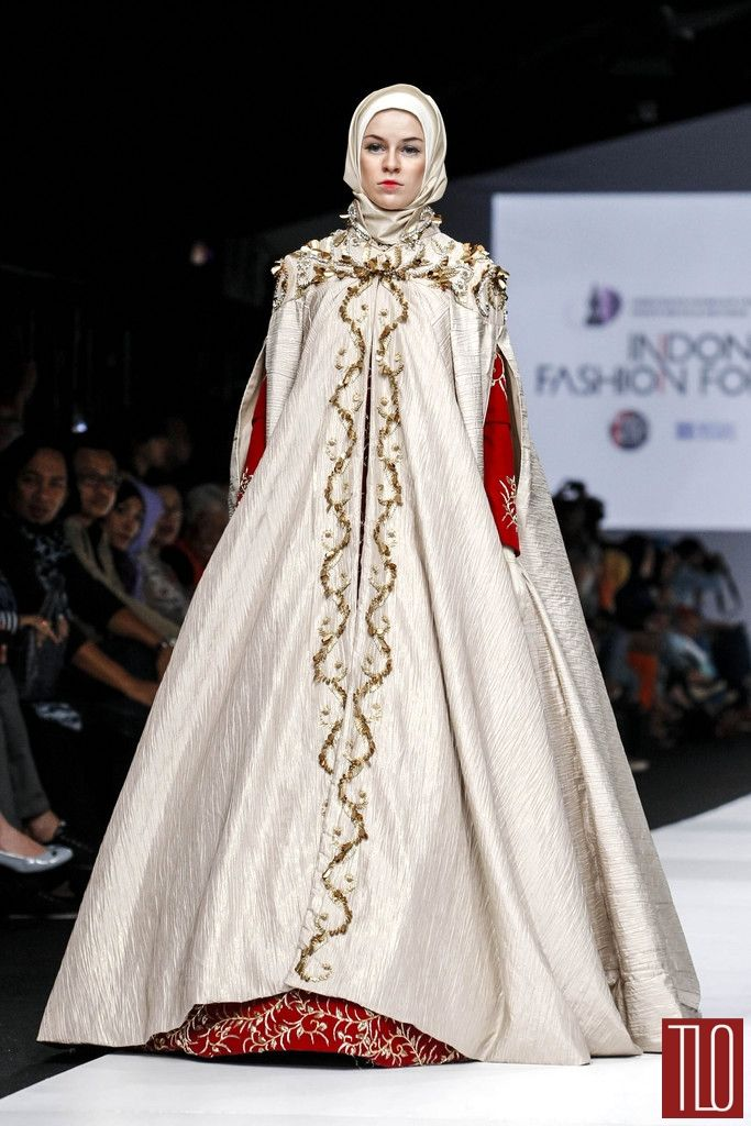 Jakarta Fashion Week2015 Runway Norma Hauri Tom Lorenzo Site Tlo 1 Once Upon A Time