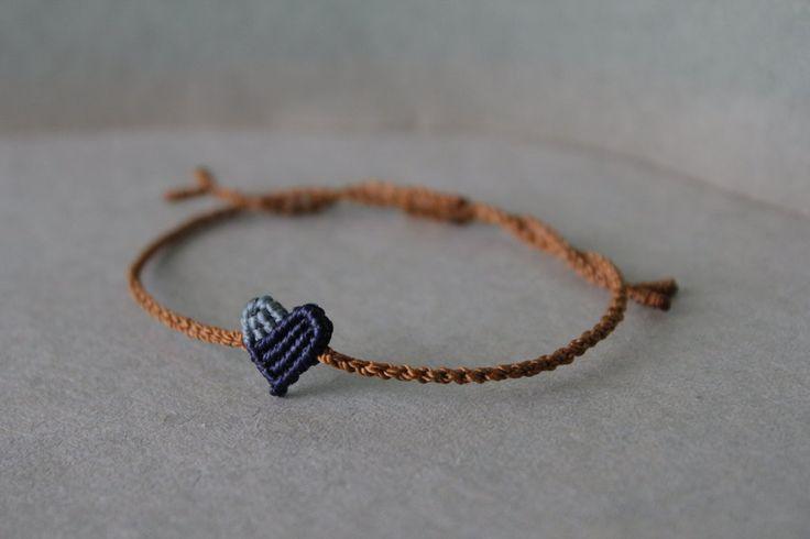 knotted bracelet~ knots used: double half hitch flat knot double connection knot snake knot |etsy|