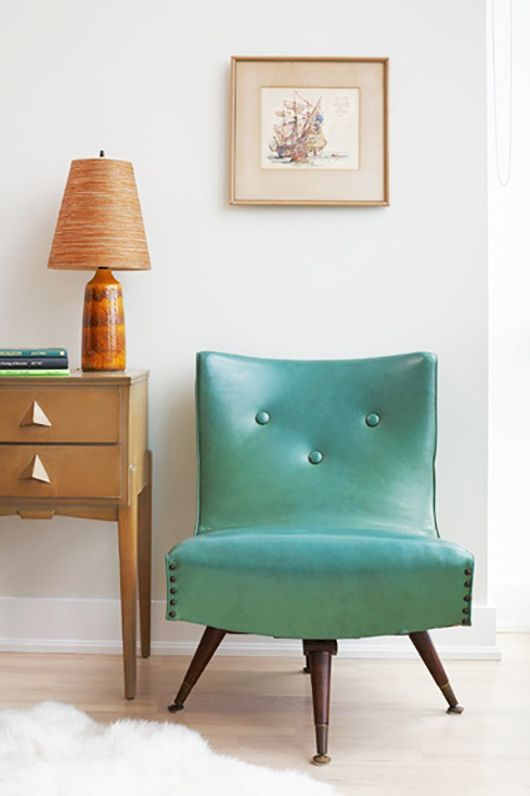 vintage aqua chair / aristea rizakos photography for style at home magazine.