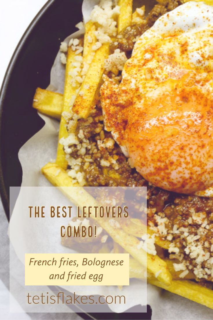The best leftovers combo!A must try! #frenchfries #potatoes #bolognese #friedegg #egg #leftovers #recipe #foodblog #foodblogger #tetisfklaes
