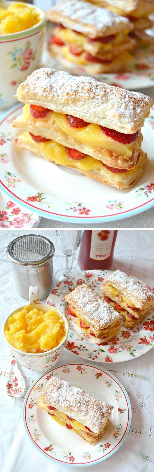 Napoléon de crema de limón y fresas