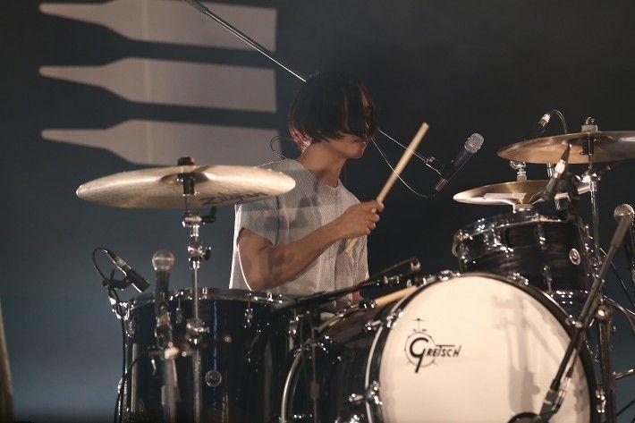 きのこ帝国 | COUNTDOWN JAPAN 16/17 | クイックレポート | ロッキング・オンの音楽情報サイト RO69
