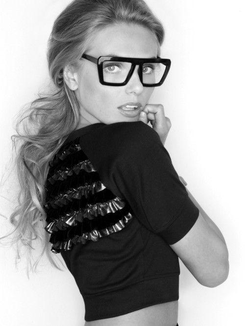24f5854a3972 Vintage Square Big Thick Frame Clear Lenses Men Women Celebrity Black  Eyeglasses