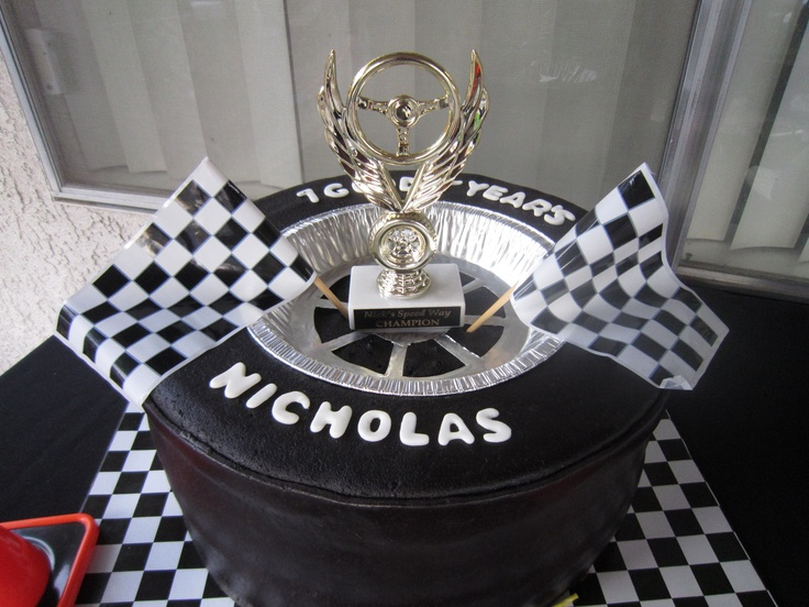 Race car tire - Cake I did for my 7 year olds nascar party