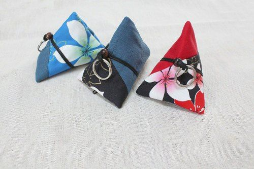 Dumplings package / Hakka Tung Blossom / purse / keyring purse - flowers Shuiyu | Pinkoi