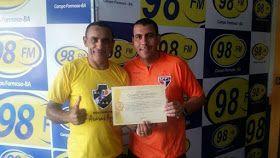 NONATO NOTÍCIAS: Campo Formoso-Ba: Professor Ferrerinha recebe títu...