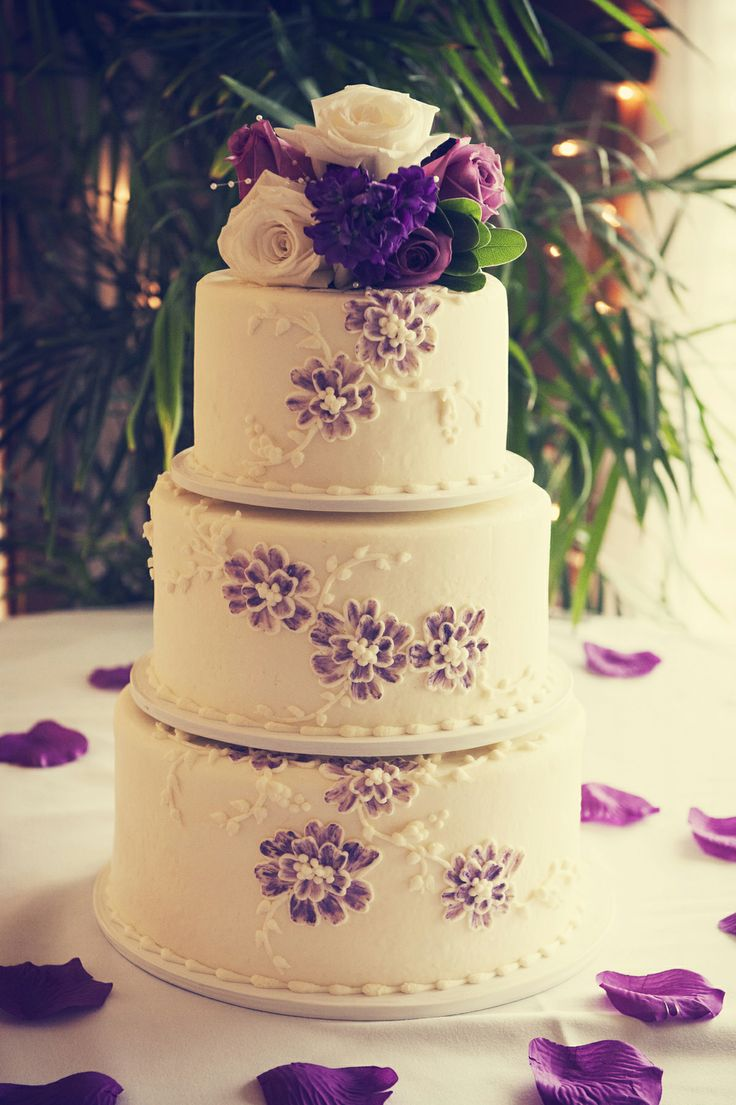 incredible wedding cakes this cake is photo by b weddingcakes 16397