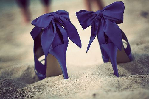 Blue bow shoes.: Blue Bows, Bows Heels, Wedding Shoes, Blue Shoes, Purple Heels, Bridesmaid Shoes, High Heels, Something Blue, Bows Shoes