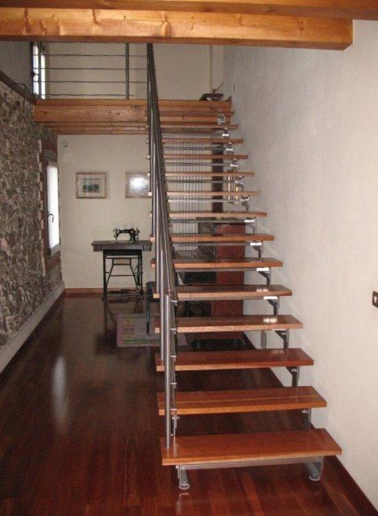 Scala e soppalco legno acciaio