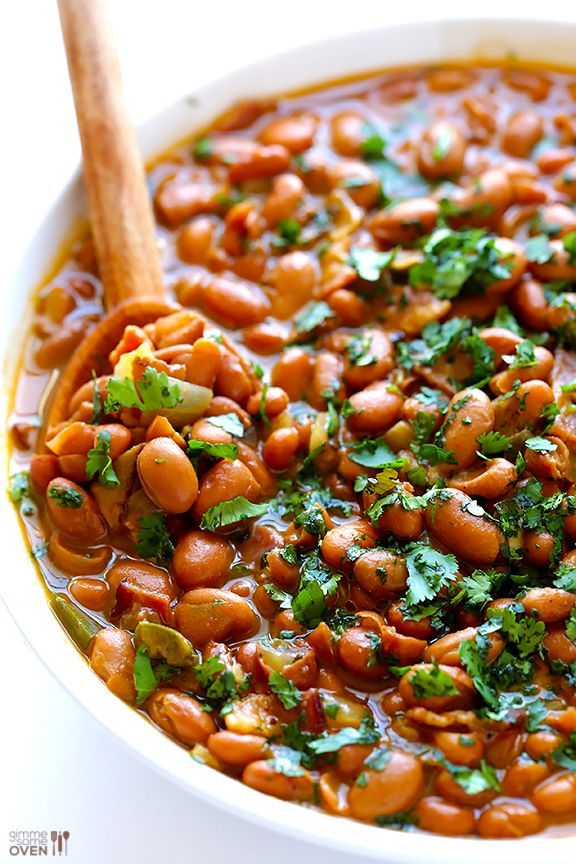 Drunken Beans (Frijoles Borrachos) -- it doesn't get much better than pinto beans simmered in beer and bacon! | gimmesomeoven.com #mexican #glutenfree