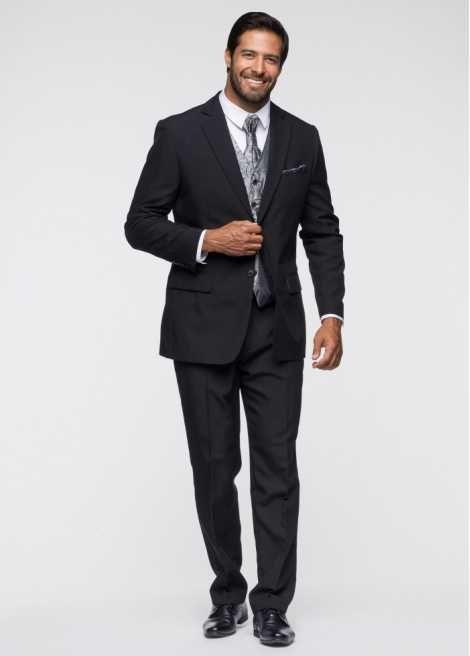 Jetzt anschauen: Das passende Outfit für den Bräutigam zur Hochzeit: 5-teiliges Anzugset bestehend aus einem modernen schwarzen Anzug mit hochwertiger Innenverarbeitung, eleganter Weste im modischen dezentem silber/grau, passendem edlem Plastron (edle Krawatte) und Einstecktuch.